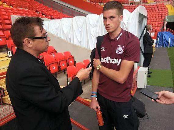 Burke pens new four-year West Ham deal