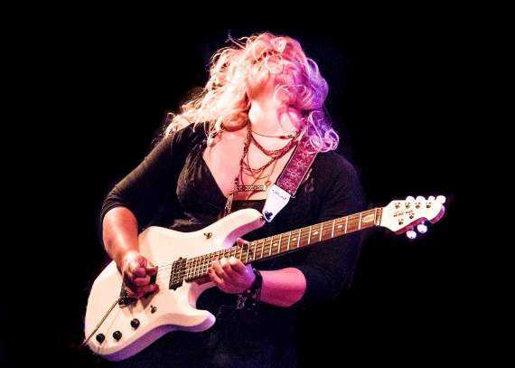 See guitar prodigy, Chantel McGregor, at Southend's Chinnerys this Saturday