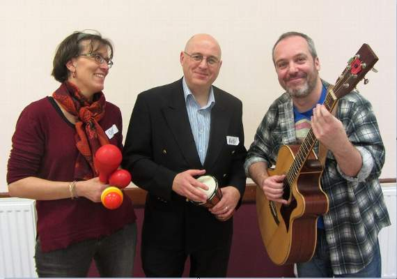 Dementia sufferers enjoy musical session designed to stimulate memory through singing in Rainham