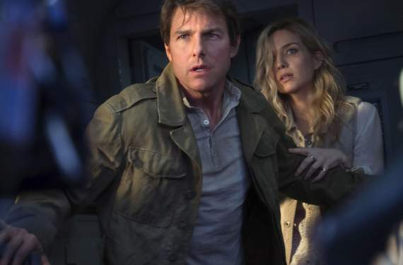 In 'The Mummy,' Tom Cruise dances with the undead